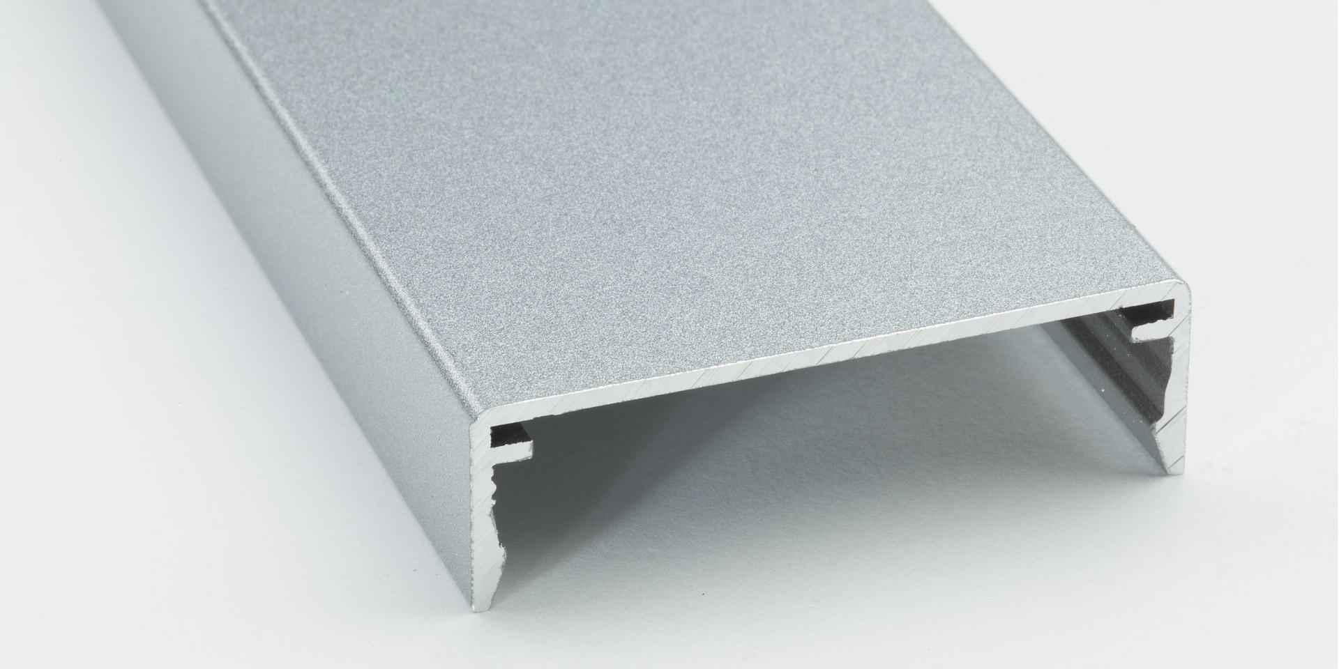 Duraflon eignet sich auch für die Beschichtung von Konstruktionsbauteilen oder Profilen in der Fassade.