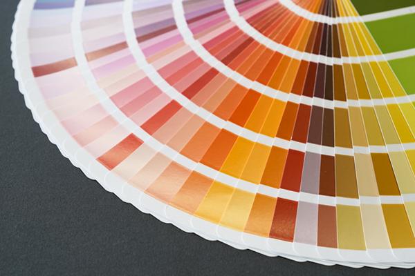 Von RAL über NCS bis zu Duraflon Sonderoberflächen - Farben in Hülle und Fülle.